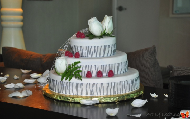 Catering Cake Design : Wedding Cake Zebra Full Service Catering and Event ...